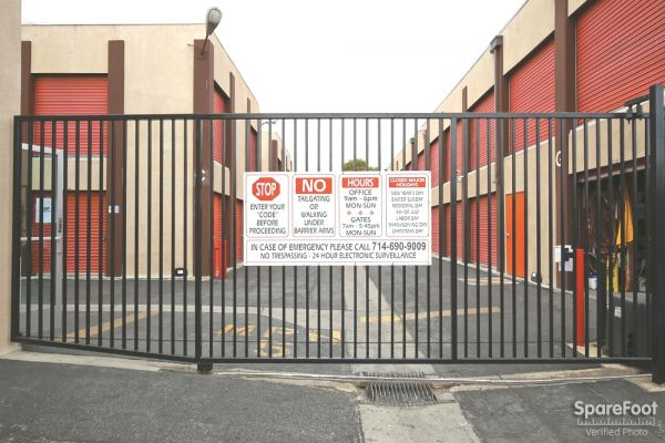 3401 W Rosecrans Ave Hawthorne, CA 90250 - Security Gate