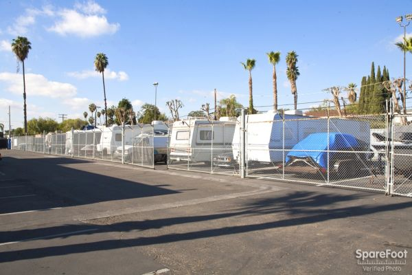 1761 W Katella Ave Anaheim, CA 92804 - Car/Boat/RV Storage