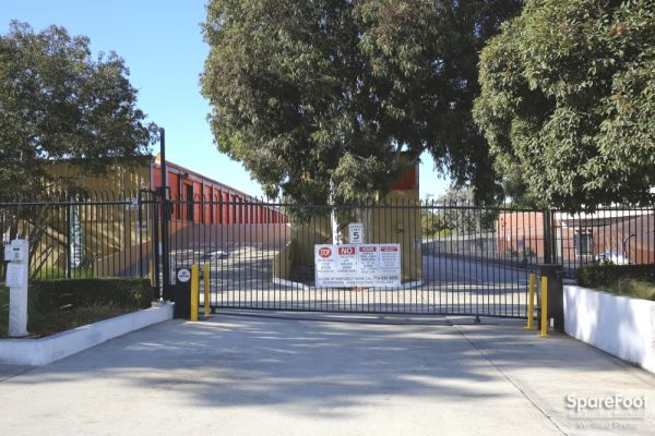 3701 Inglewood Ave Redondo Beach, CA 90278 - Security Gate