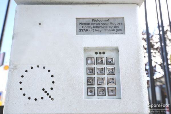 3701 Inglewood Ave Redondo Beach, CA 90278 - Security Keypad