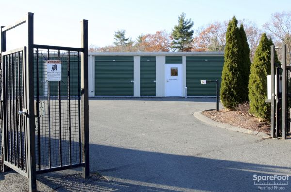 6 Lookout Ln Middleton, MA 01949 - Security Gate