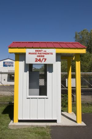 1710 Indiana 130 Hobart, IN 46342 - Rental Kiosk