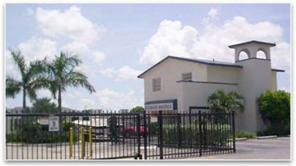 1596 NE 8th St Homestead, FL 33033 - Security Gate