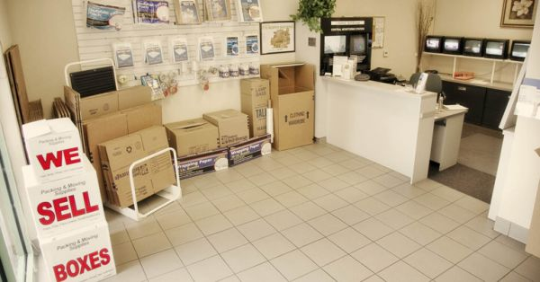 307 87th St Daly City, CA 94015 - Moving/Shipping Supplies
