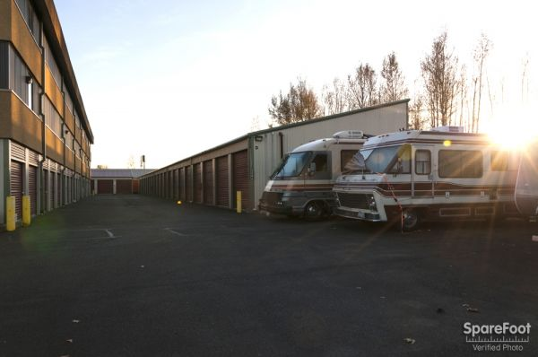 2 16th St NE Auburn, WA 98002 - Car/Boat/RV Storage|Driving Aisle|Drive up Unit