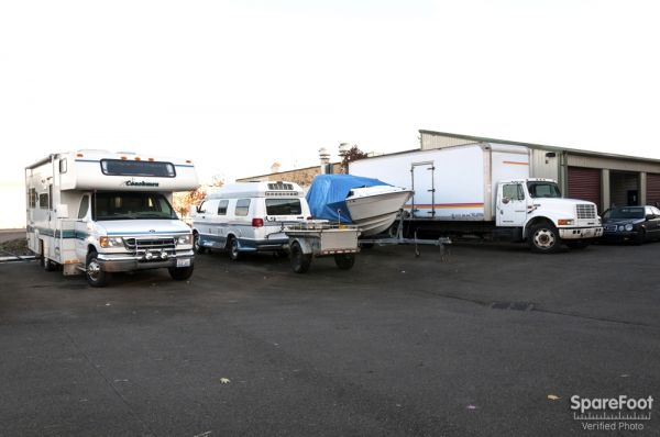 2 16th St NE Auburn, WA 98002 - Car/Boat/RV Storage