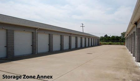 5352 Akron Cleveland Rd. Peninsula, OH 44264 - Drive-up Units