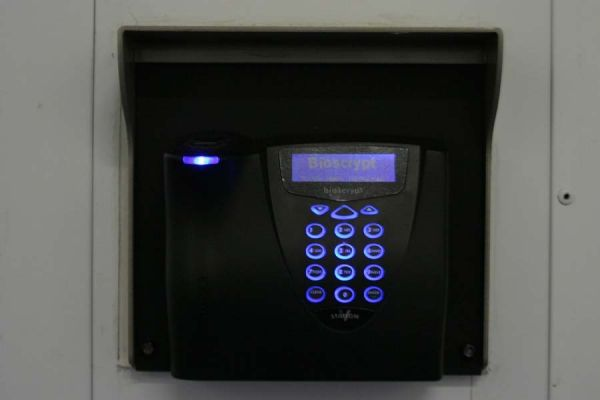 2631 Michelle Dr Tustin, CA 92780 - Security Keypad