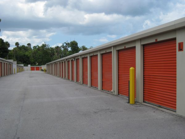 1325 S Nova Rd Daytona Beach, FL 32114 - Drive-up Units