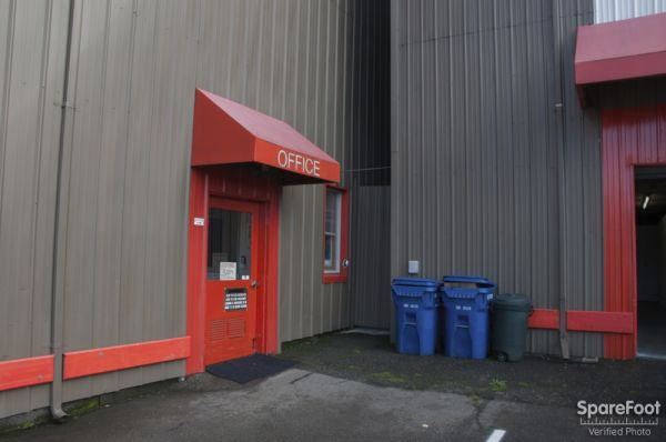 2648 15th Ave W Seattle, WA 98119 - Storefront
