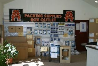 4016 N Dupont Hwy New Castle, DE 19720 - Moving/Shipping Supplies