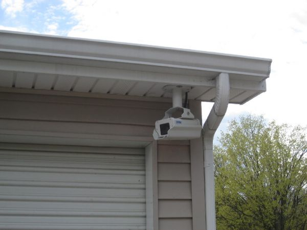 550 Nazareth Rd Kalamazoo, MI 49048 - Security Camera