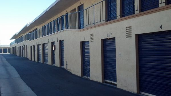 3167 Van Buren Blvd Riverside, CA 92503 - Drive-up Units