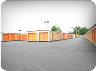 66 Brower Avenue Phoenixville, PA 19460 - Drive-up Units|Driving Aisle