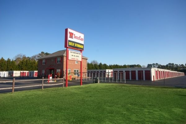 SecurCare Self Storage - Fayetteville - Rim Rd & 15 Cheap Self-Storage Units Sanford NC from $19: FREE Months Rent
