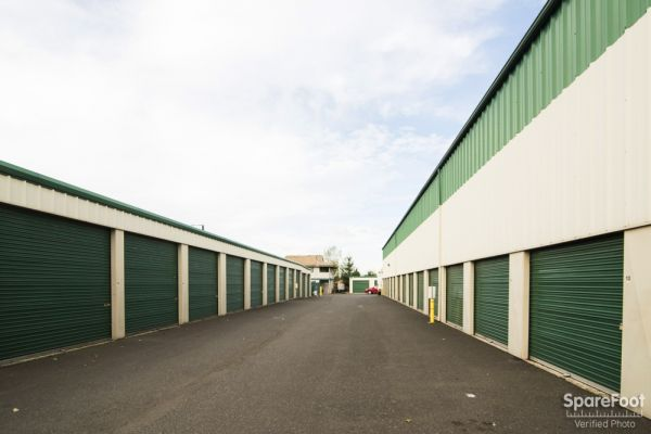 7702 SE 92nd Ave Portland, OR 97266 - Driving Aisle|Drive-up Units