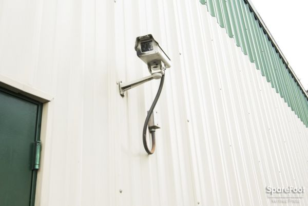 7702 SE 92nd Ave Portland, OR 97266 - Security Camera