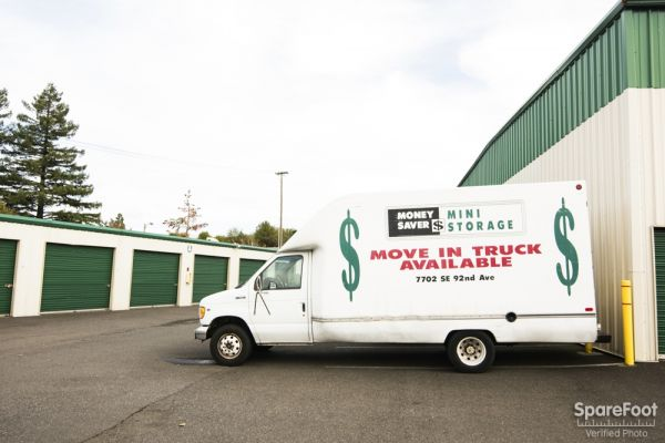 7702 SE 92nd Ave Portland, OR 97266 - Moving/Shipping Supplies