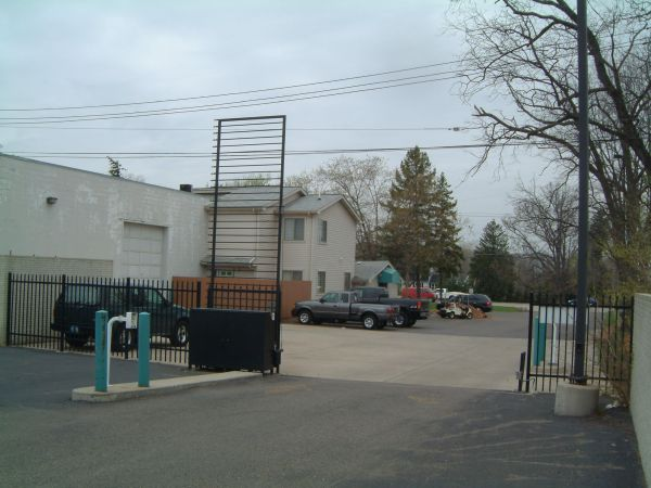 30320 Beck Rd Wixom, MI 48393 - Security Gate