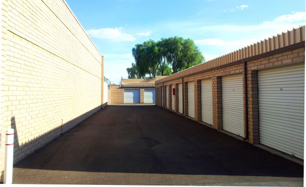 7041 N Camino Martin Tucson, AZ 85741 - Drive-up Units