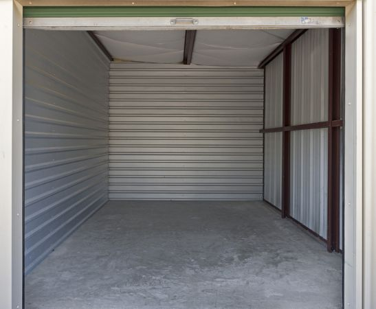 14132 Schroeder Rd Houston, TX 77070 - Interior of a Unit