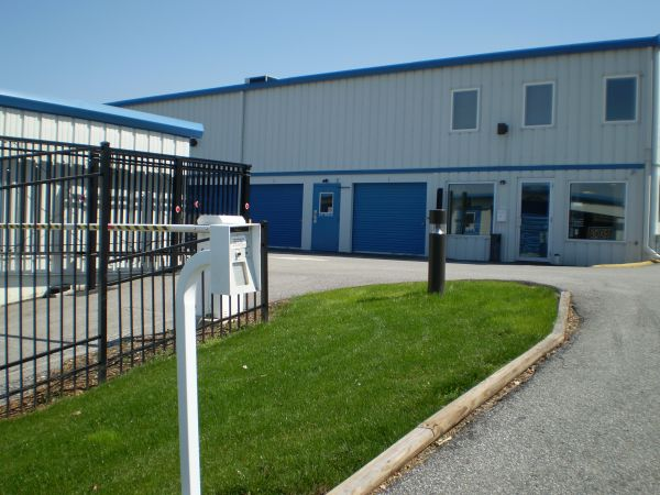 2786 South Queen Street Dallastown, PA 17313 - Security Gate