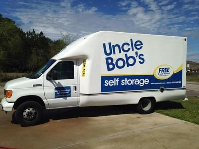 802 E Richey Rd Houston, TX 77073 - Moving Truck