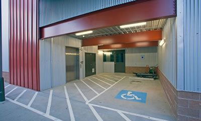 3200 W Dallas St Houston, TX 77019 - Elevator