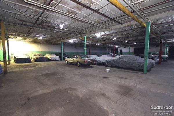 2333 Wisconsin St Downers Grove, IL 60515 - Car/Boat/RV Storage
