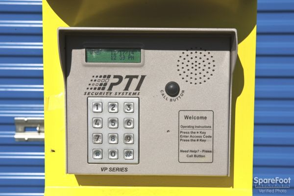 1305 N Gaffey St San Pedro, CA 90731 - Security Keypad