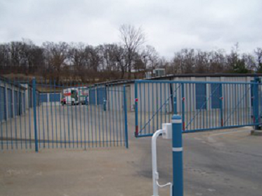 317 Mo-291 Liberty, MO 64068 - Security Gate|Drive-up Units
