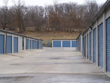 317 Mo-291 Liberty, MO 64068 - Driving Aisle
