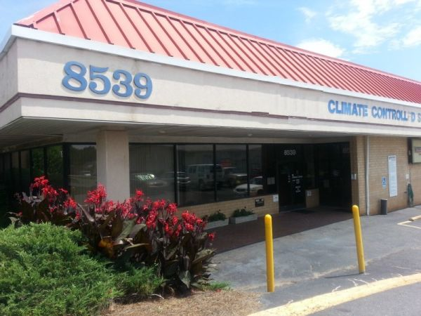 8539 Monroe Rd Charlotte, NC 28212 - Storefront