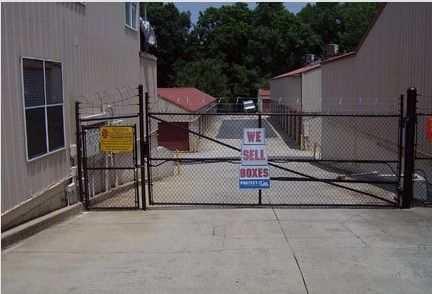 1221 N Wendover Rd Charlotte, NC 28211 - Security Gate