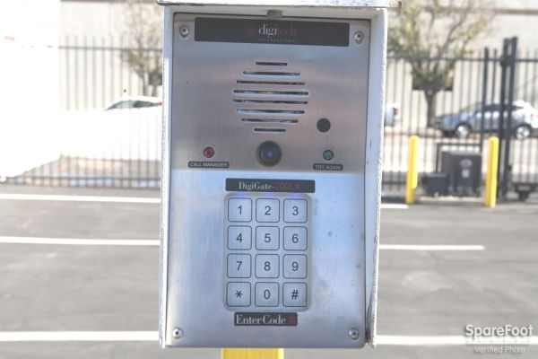 9111 Jordan Ave Chatsworth, CA 91311 - Security Keypad
