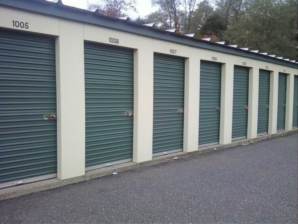 235 Jerseyville Ave Freehold, NJ 07728 - Drive-up Units