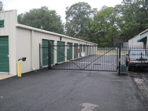 4315 Sterlington Rd Monroe, LA 71203 - Security Gate