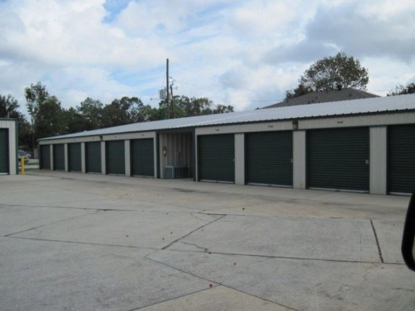 1330 Louisiana 30 West Gonzales, LA 70737 - Drive-up Units