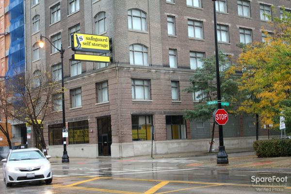1353 S Wabash Ave Chicago, IL 60605 - Road Frontage