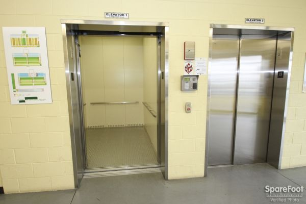 9001 West 47th Street McCook, IL 60525 - Elevator