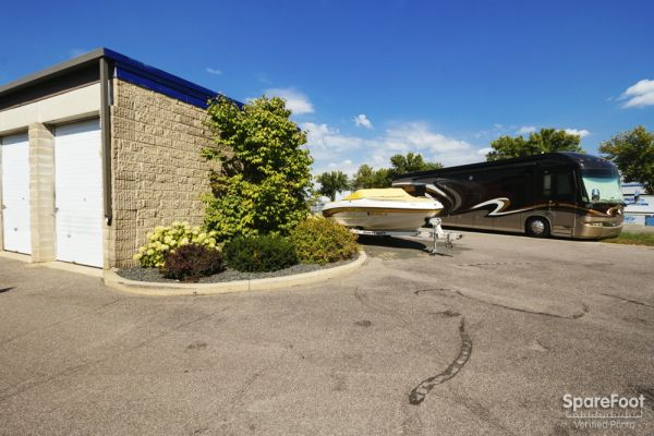 801 West Lady Bird Ln Burnsville, MN 55337 - Car/Boat/RV Storage