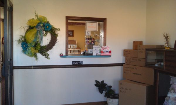 120 Pump Station Rd Statesville, NC 28625 - Front Office Interior