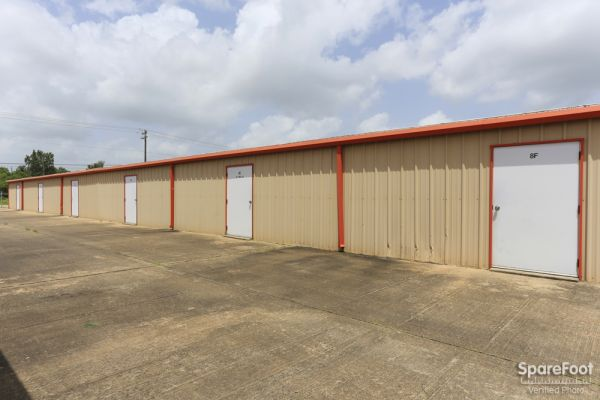 1350 Hwy 3 South League City, TX 77573 -