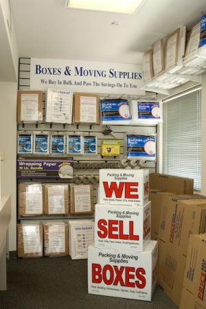 32992 Valle Rd San Juan Capistrano, CA 92675 - Moving/Shipping Supplies