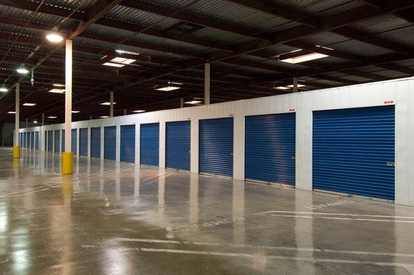 Price Self Storage West LA   3430 S La Brea Ave