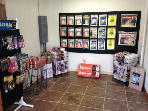 1075 Foxtown Hill Road Delaware Water Gap, PA 18327 - Moving/Shipping Supplies