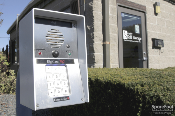 125 Recreation Park Dr Hingham, MA 02043 - Security Keypad