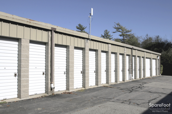 125 Recreation Park Dr Hingham, MA 02043 - Drive-up Units