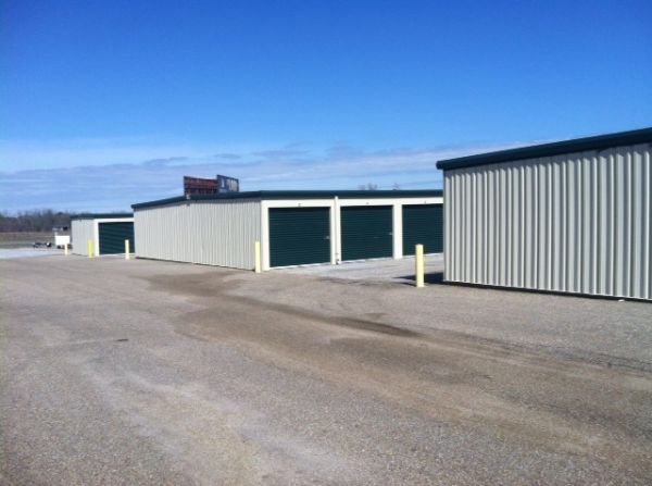 11233 Us-80 Montgomery, AL 36117 - Drive-up Units
