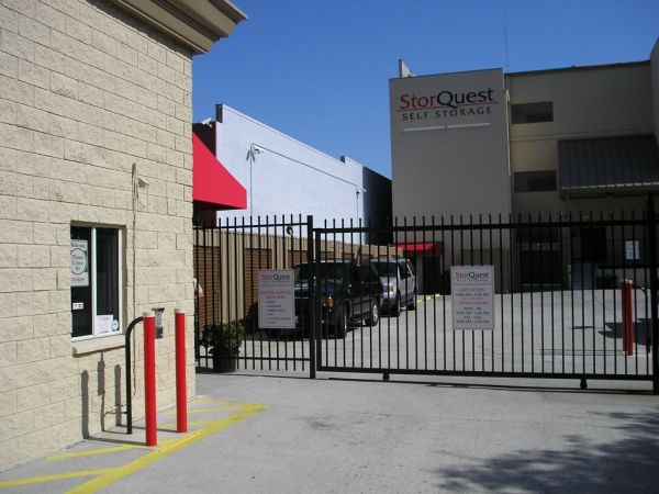 5138 W Sunset Blvd Los Angeles, CA 90027 - Security Gate